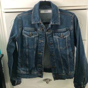 Zara Dark Wash Jean Jacket